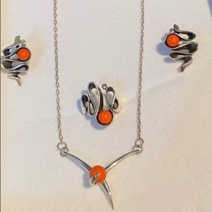 Silver and corals set